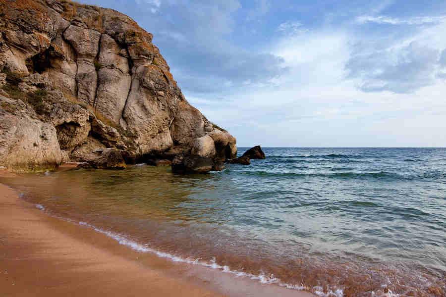 Дикие пляжи Крыма, фото: куда поехать?