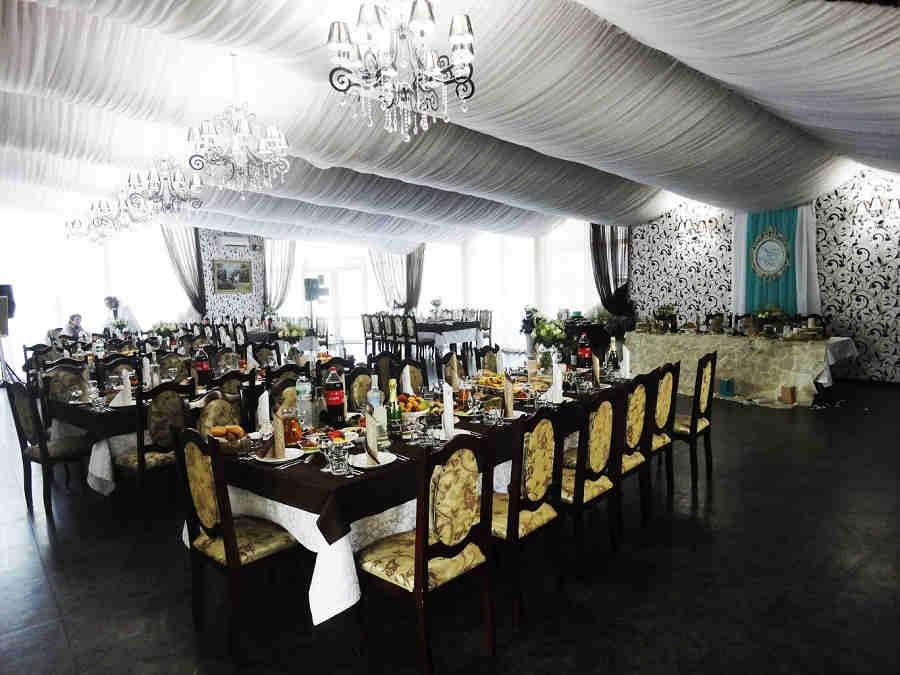 Ресторан «Старый клен», Симферополь: царство красоты и вкуса