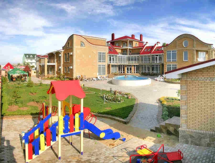Лучшие пансионаты Евпатории для отдыха с детьми: комфорт превыше всего!