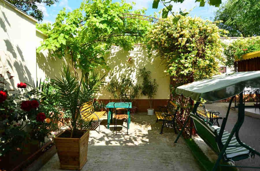 Отдых в Евпатории, частный сектор: свежий бриз и много солнца