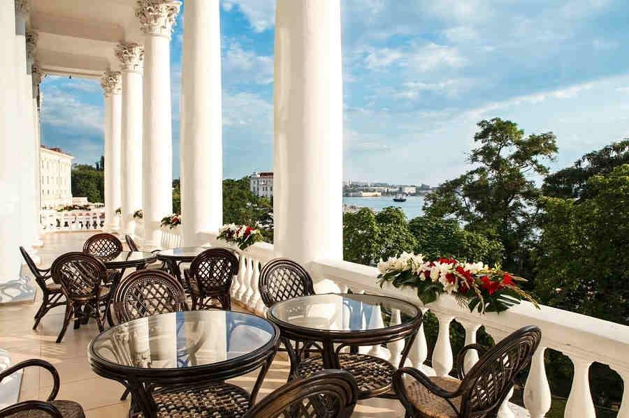 Гостиницы Севастополя в центре города: отдыхать и работать нужно с комфортом