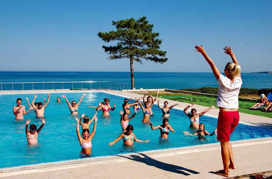 Особенности отдыха и оздоровления в Крыму: где и что лечить?