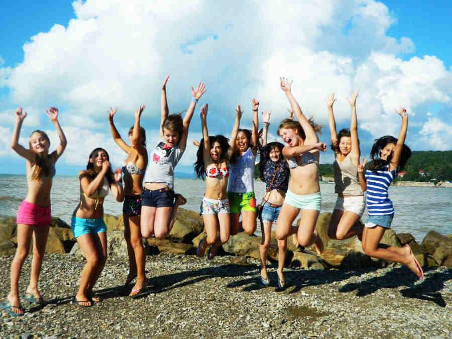 Где провести молодежный отдых в Крыму?