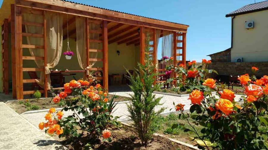 Отдых в Крыму в гостевых домах 2018: советы, особенности, цены
