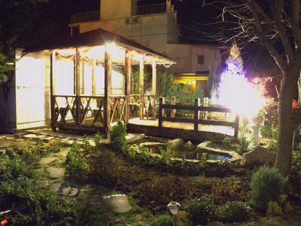 Зеленый дворик Севастополь 3