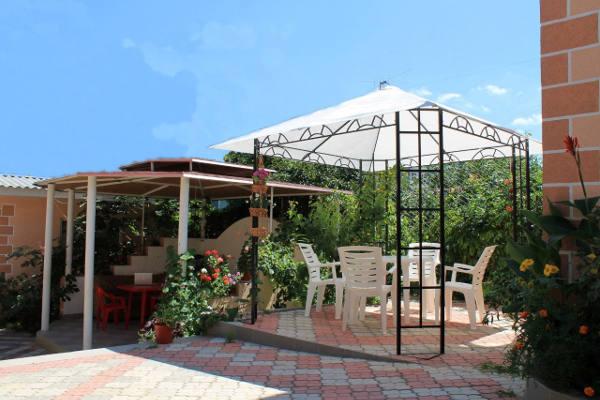 Гостевой дом Цветочный в Севастополе 4