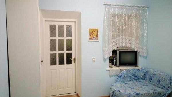 Однокомнатная квартира в Алупке 1
