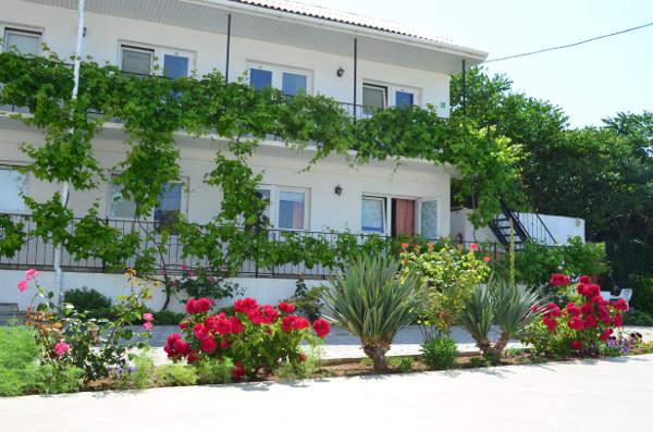 Гостевой дом Джулия в Севастополе 2
