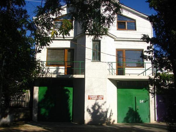 Гостевой дом Зины Жарковой в Севастополе 1