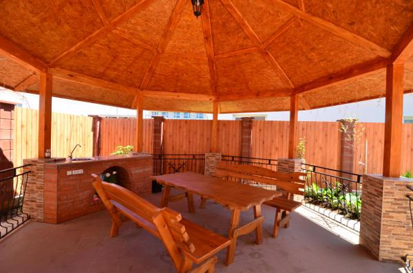 Гостиница Уютный дворик в Песчаном 11