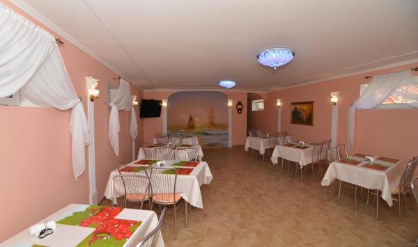 Гостиница Уютный дворик в Песчаном 4
