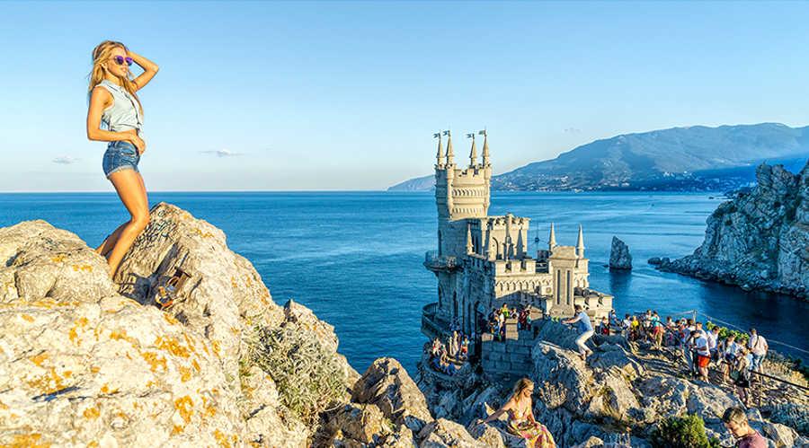 Отдых рядом с Ласточкиным гнездом в Крыму