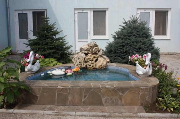Николас гостевой дом в Николаевке 1
