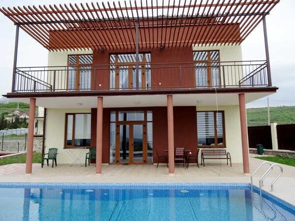 Гостевой дом «Лето» в Алуште 1