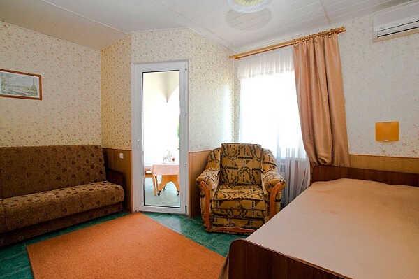 Гостевой дом Лилия 8