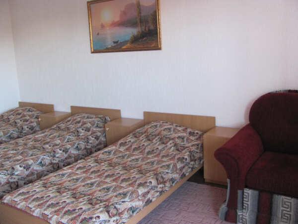 Гостевой дом Цветочный рай в Феодосии