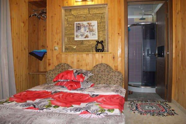 Частная гостиница Регион 86 в Малореченском (Алушта)