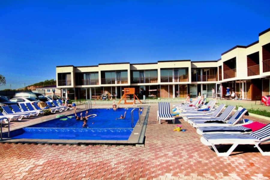 Экономно и доступно: базы отдыха в Ливадии с бассейном