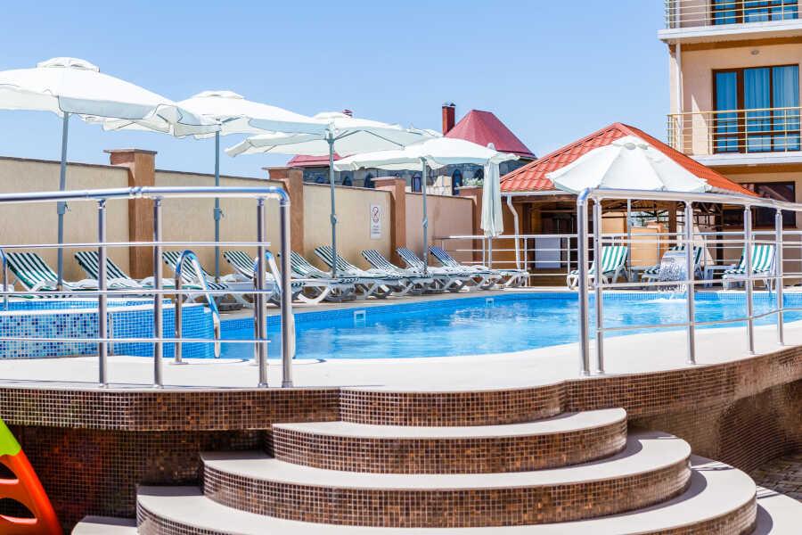 Комфортные и недорогие отели в Саках
