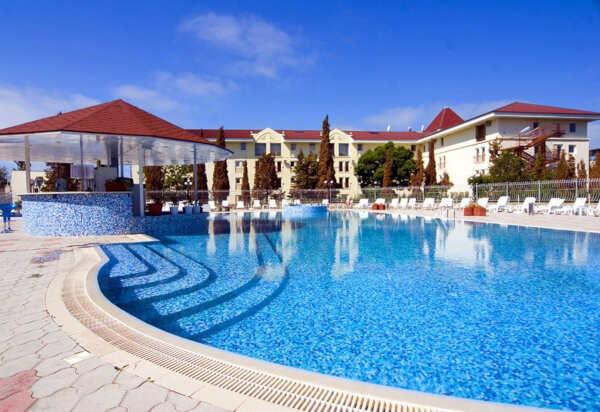 Уютный Коктебель с гостиницами у моря: виды жилья, цены, бронирование
