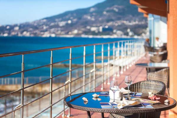 Отдых на любой вкус в Крыму в Ливадии в пансионатах и отелях