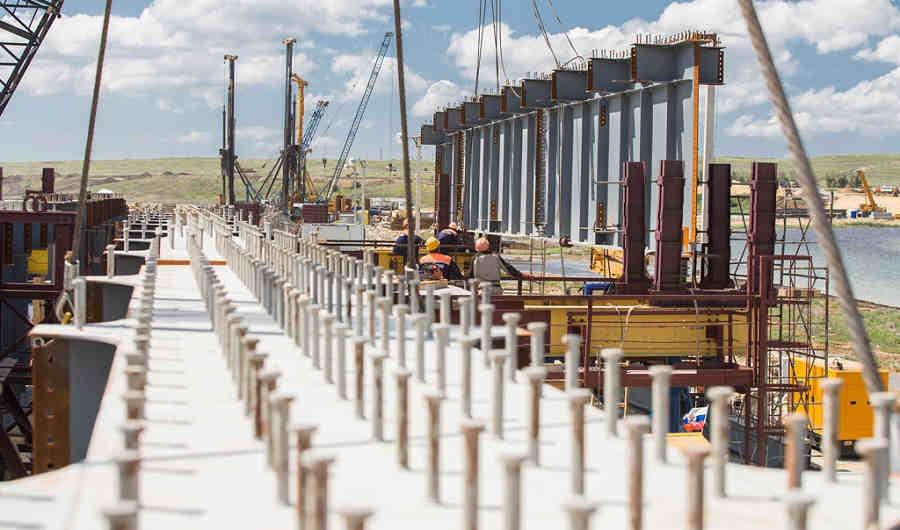 Керченский мост сегодня онлайн: смотреть ход строительства