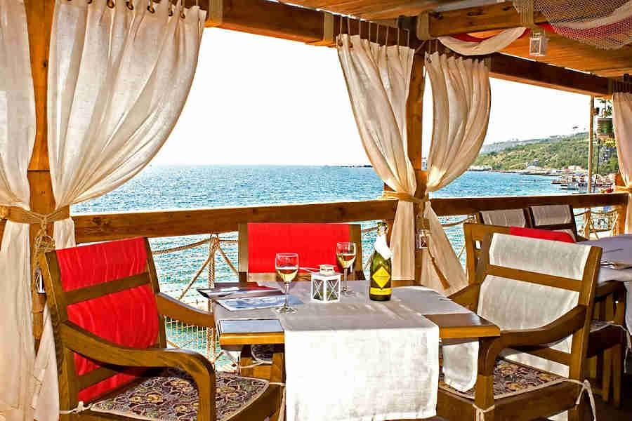 Рыбный ресторан, Ялта: пора отправляться в ресторан