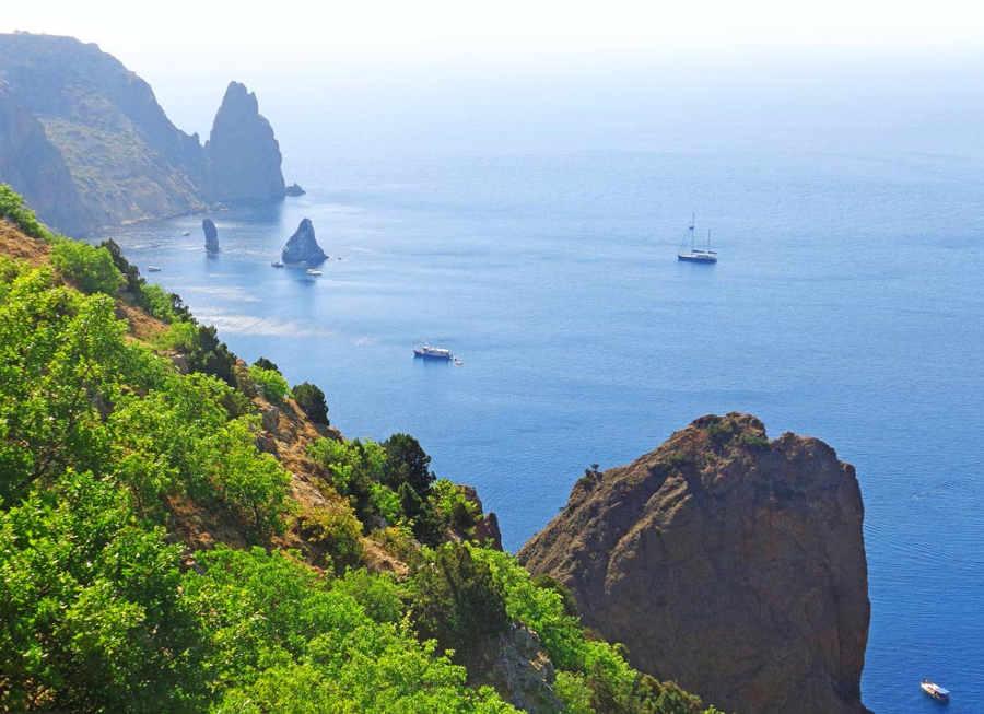 Преимущества отдыха в Крыму в августе. Где его провести?