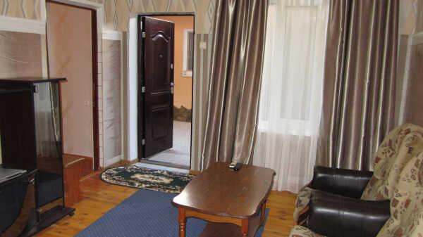 Гостевой дом в центре Алупки 8