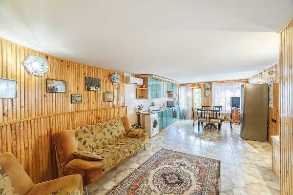 Дом, коттедж, комнаты, апартаменты в Алупке 2