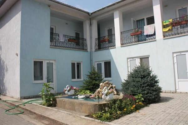 Николас гостевой дом в Николаевке 2