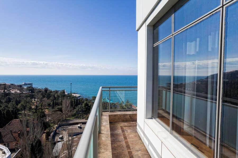 Районы и жилье в Алуште у моря: советы, цены и аренда
