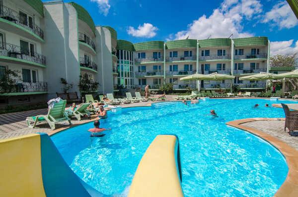 Отели Евпатории: расположение, цены, услуги, отдых