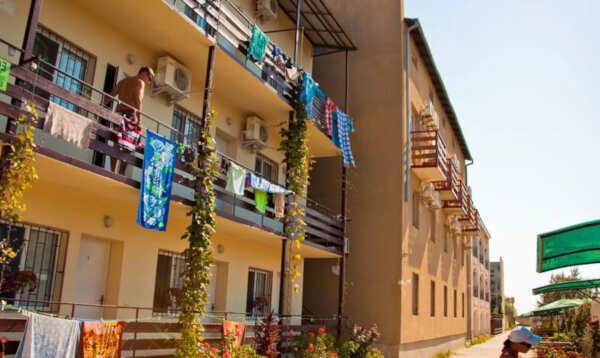 Особенности отпуска в Саках на базе отдыха «Прибой» в гостевых домах