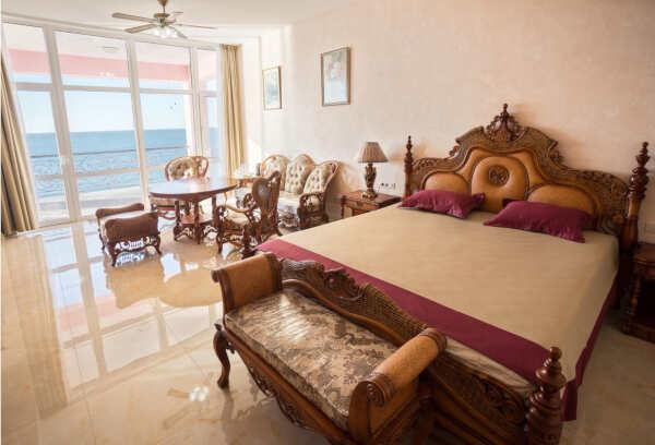Отели в Керчи: виды, расположение, цены, отзывы